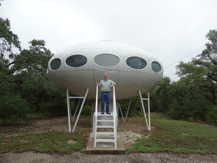 Futuro, Austin, Texas, USA - Photo Taken 091314 - 1