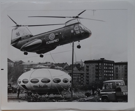 Press Photo, Swedish Air Force Helicopter Transports Futuro 1 - 092269 - Front Photo
