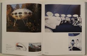 Interieur, Exterieur: Living in Art - Pages 162-163