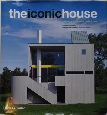 The Iconic House: Architectural Masterworks Since 1900 Cover