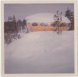 Futuro House - Brett Colquhoun Hirvensalmi 1