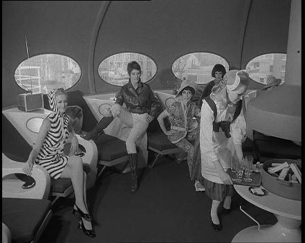 Futuro On Finnpartner Ferry - Tower Bridge - October 1968 - Courtesy Of British Pathe Ltd