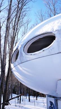 Futuro - Mont Blanc, Quebec, Canada - Biensur atelier - 010509 - 3