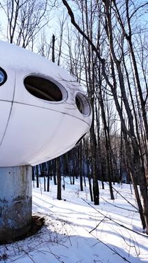 Futuro - Mont Blanc, Quebec, Canada - Biensur atelier - 010509 - 4