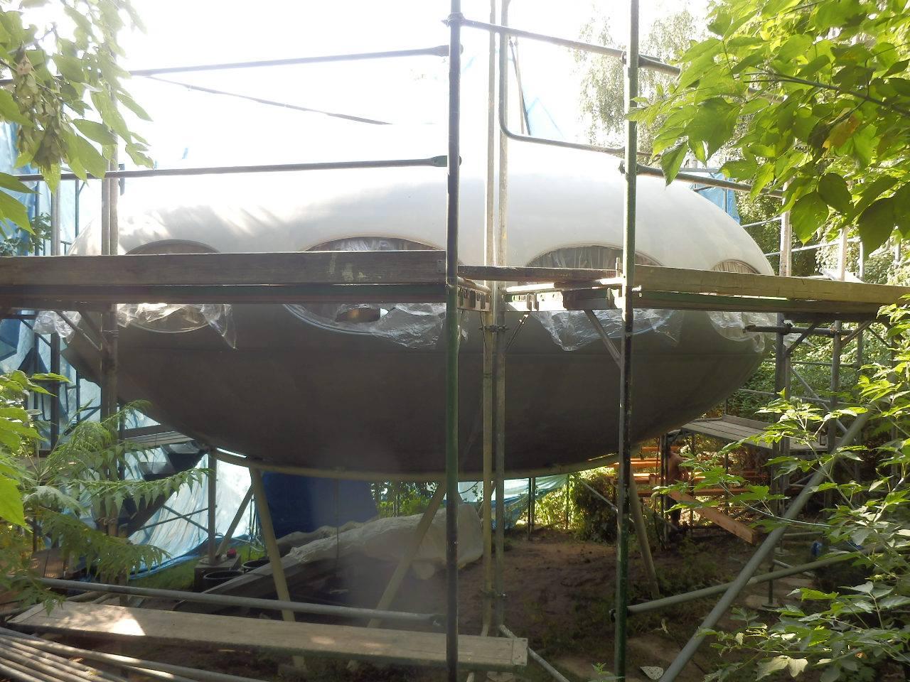 Futuro berlin germany restoration photos cora facebook timeline posted 080113 2