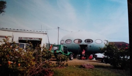 Futuro 22 - December 1997 - Purdey Mouton - Exterior