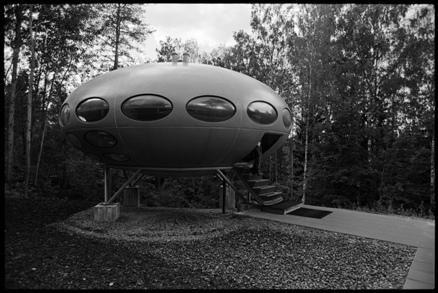 Futuro, Espoo, Finland - elektrojanis 072012