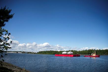 Swedish Air Force Futuros - Barge Transport 062016 - Fredrik Bjorkman Photos 1