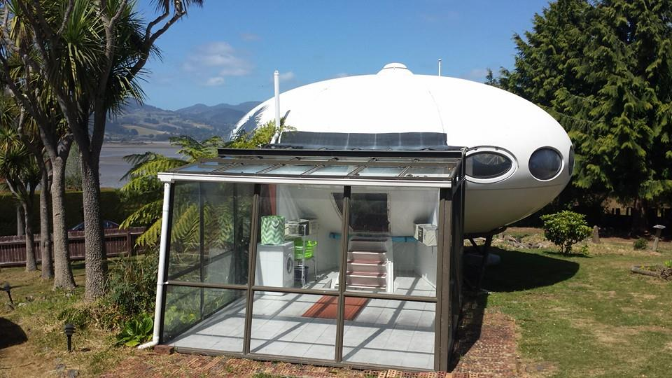 Futuro, Warrington, New Zealand - Shot By Owner From Futuro Homes Of New Zealand Facebook Page - 1