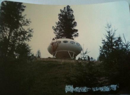 Futuro - Hanmer Springs, New Zealand - 70's To Around 90 - Photo From Nick McQuoid