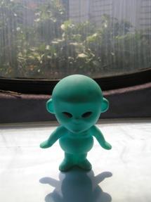 Futuro, Maebashi, Japan - Maniackers Design - Received Feb 2015 - Aliens 8