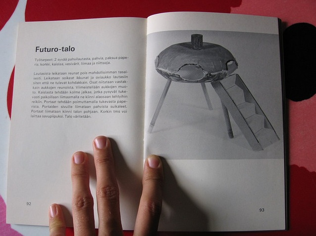 Futuro - Vintage Childrens Craft Book